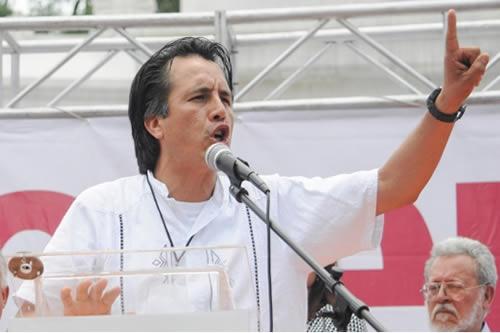 Eva Cadena recibe dinero para AMLO Fue trampa: Cuitláhuac