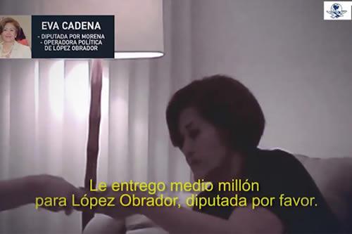 Renuncia candidata de Morena tras ser exhibida recibiendo medio millón de pesos.