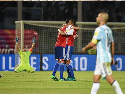 Paraguay hace temblar a Argentina