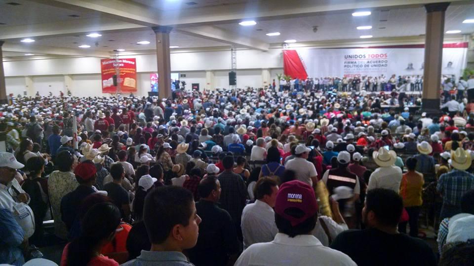 López Obrador presenta propuesta de nación a empresarios poblanos