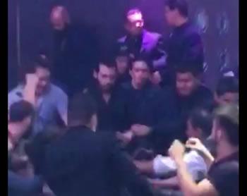Pelea se desata en bar Jakarta, culpan a hijo de exgobernador Guillermo Padres.