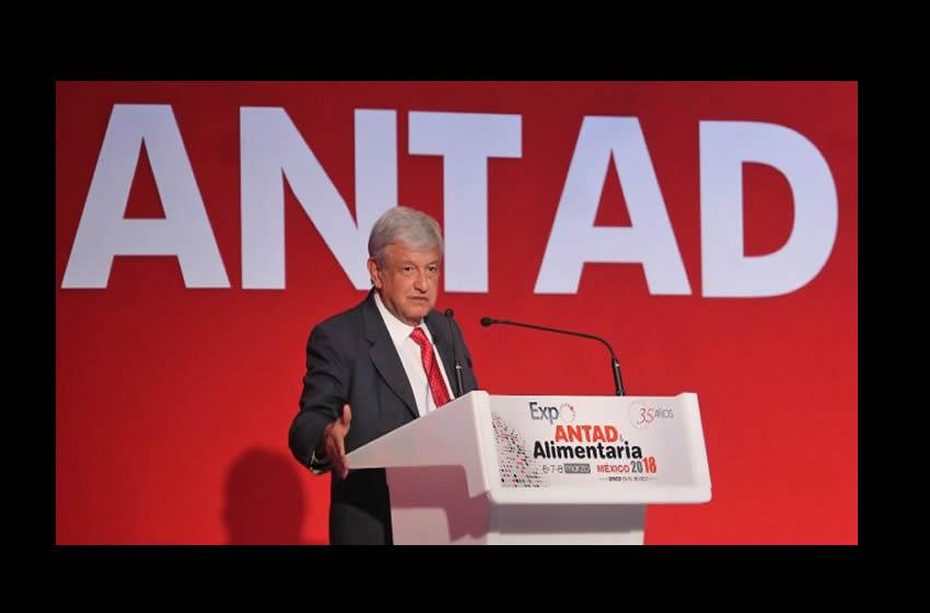 Candidatos presidenciales hablan ante miembros de la ANTAD
