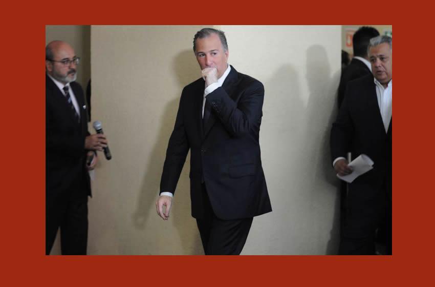 'Grilla' domina la cumbre bancaria; Peña promulga la Ley Fintech