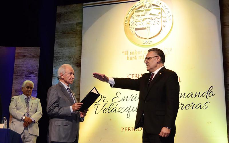 Enrique Velázquez Contreras asume rectoría de la Unison