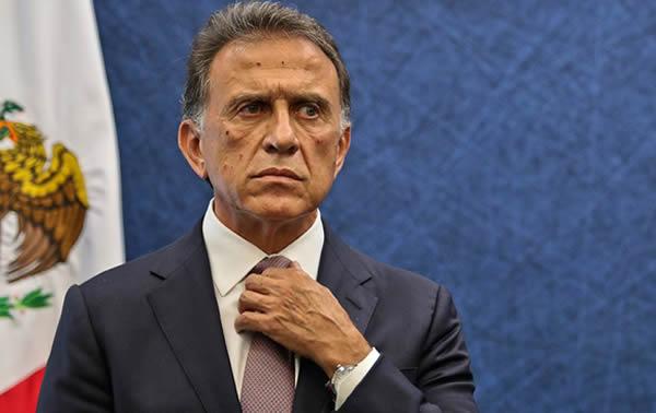 Procesan a exgobernador de Veracruz, juez mexicano